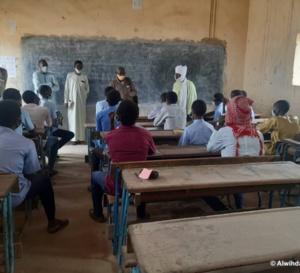 """Tchad : le SET prélève 5000 Fcfa sur les primes des enseignants, une """"tradition"""" qui fâche"""