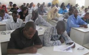 Des élèves composent un examen au Tchad. illustration. Crédits photo : DR