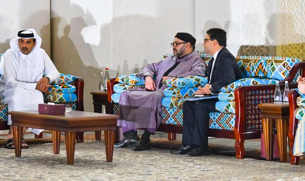Le Roi Mohammed VI à Doha pour un renforcement de coopération multilatérale