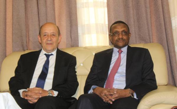 Le Tchad et la France plaident pour une solution définitive en Libye
