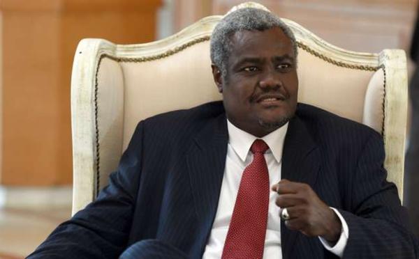 UA : signature d'une déclaration d'intention entre Moussa Faki et le chef de la diplomatie française