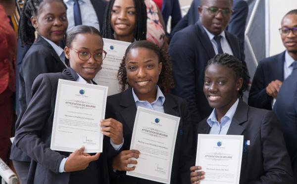 Gabon : la Fondation BGFIBank offre des bourses aux étudiants de BGFI Business School