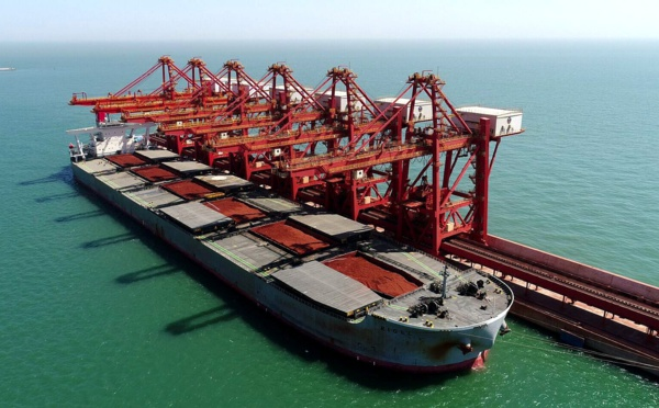 Record de tonnage dans le transport de bauxite avec 300 000 tonnes entre la Guinée et la Chine
