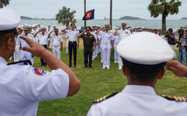 Les États-Unis et les pays de l'ASEAN effectuent un exercice conjoint historique