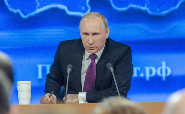 Covid-19 : La Russie annonce le premier vaccin au monde, la fille du président l'a testé