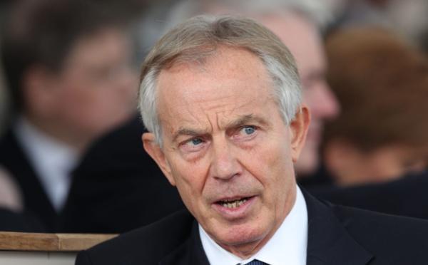 """La pandémie de Covid-19 est """"un coup de semonce pour nous pousser à agir"""", Tony Blair"""