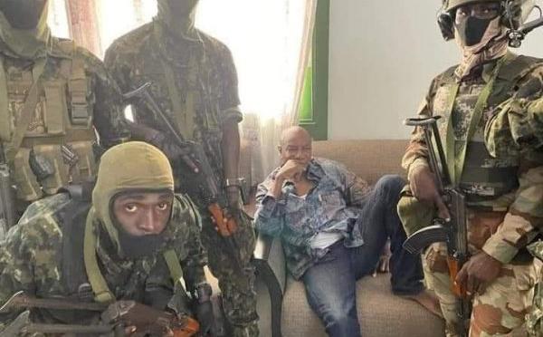"""Alpha Condé """"demeurera en Guinée et au lieu de choix du CNRD"""", affirme la junte"""