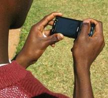 Tchad : La société civile appelle à une journée sans téléphone portable