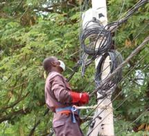 """Tchad : des installations """"frauduleuses"""" de fibre optique démantelées par l'Arcep à N'Djamena"""
