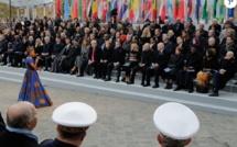 La chanteuse Angélique Kidjo devant les invités(Photo purepeople.com)